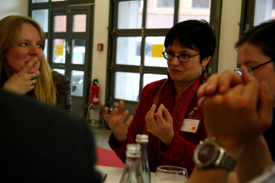 SPD Mitglieder diskutieren