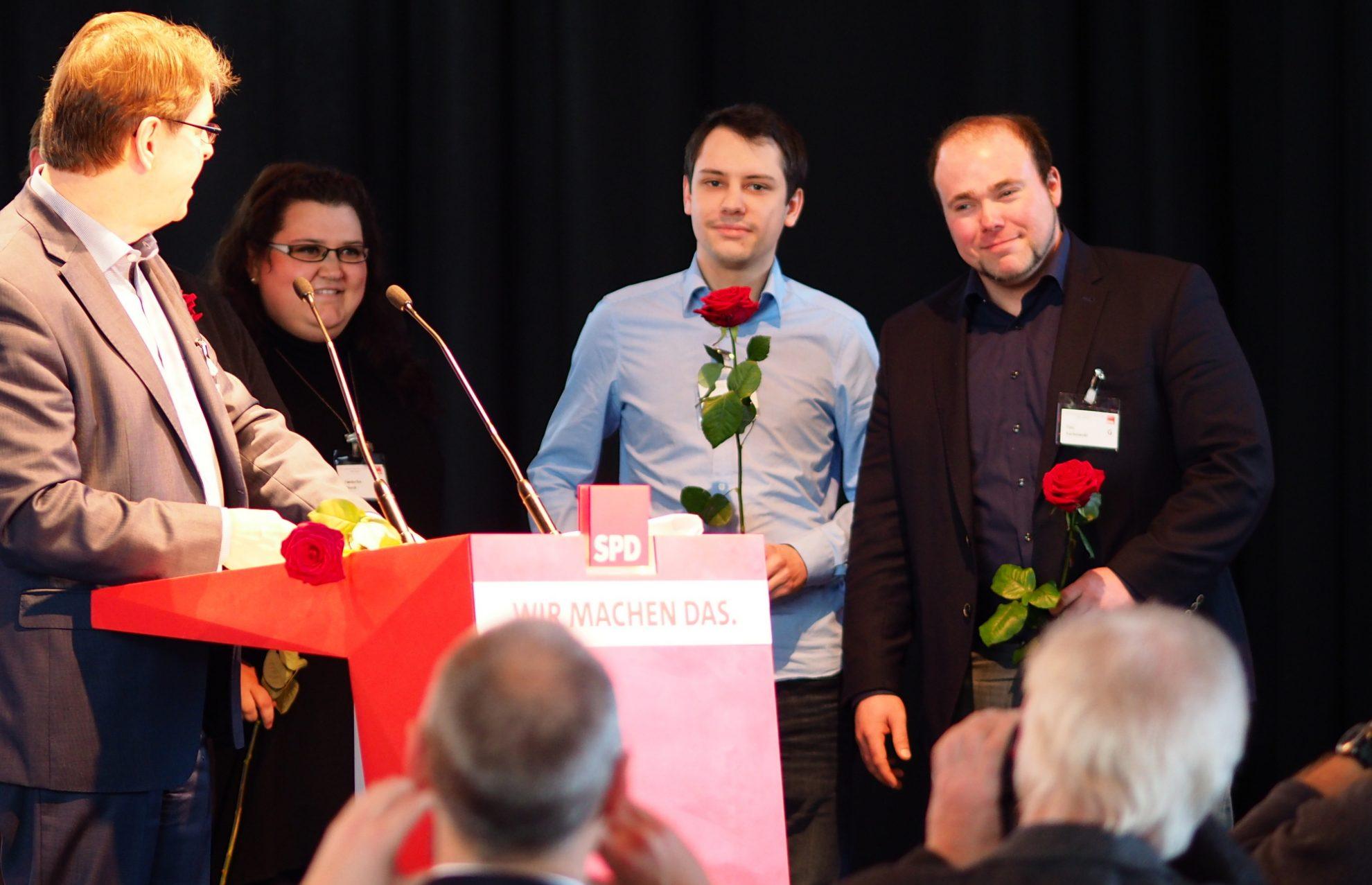 Ralf Stegner mit vier Neumitgliedern