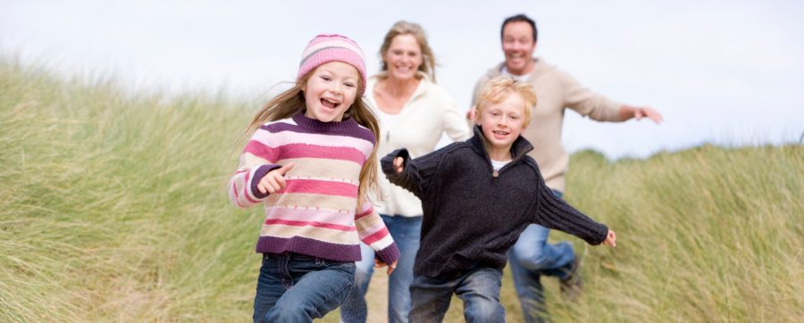Kinder mit Eltern