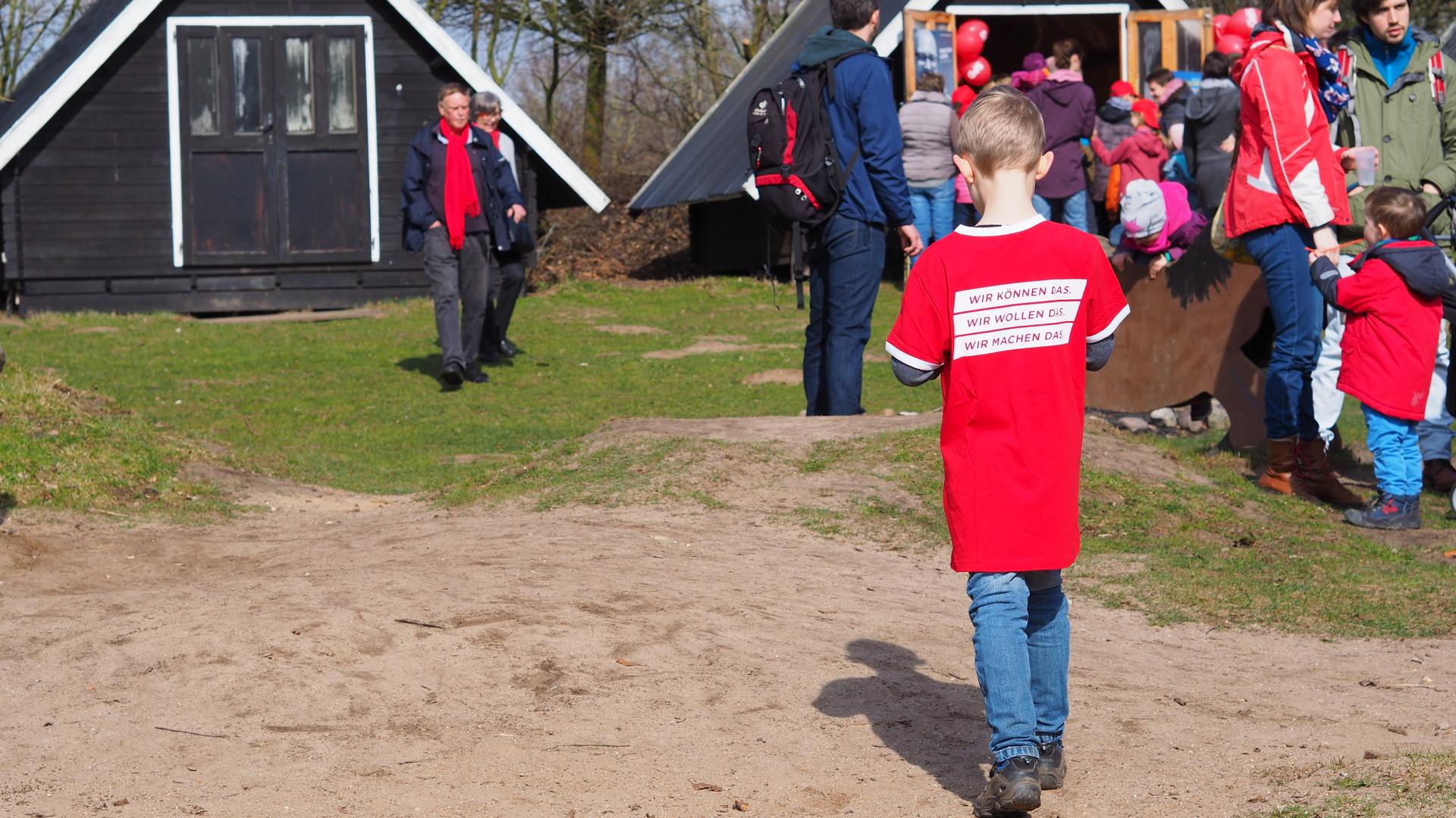 Kind mit SPD-T-Shirt