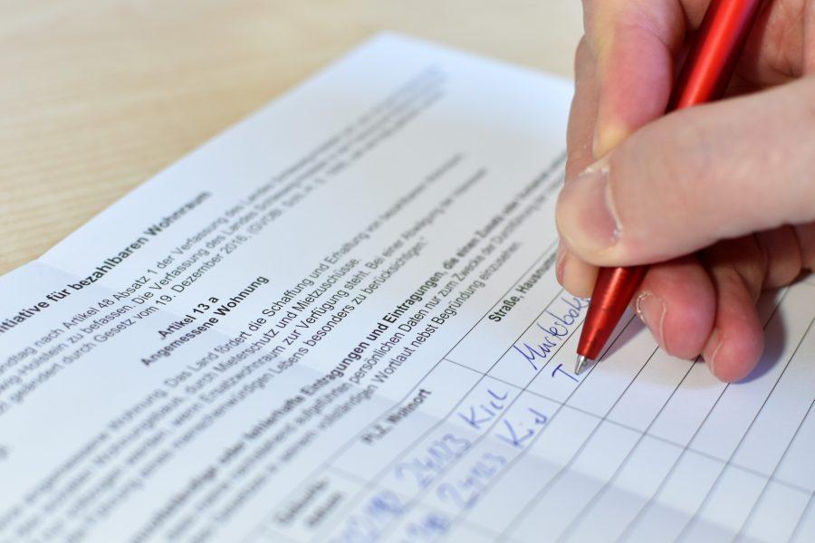 Unterschriftenliste Volksinitiative für bezahlbaren Wohnraum