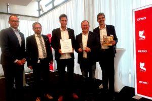 v.l.n.r.: Thomas Mühlnickel (Geschäftsführer ASK Berlin), Laudator Heiko Kretschmer (Geschäftsführer Johanssen+Kretschmer Strategische Kommunikation GmbH), Lars Schalnat, Peter Petereit, Henning Witzel (Jury Mitglied)