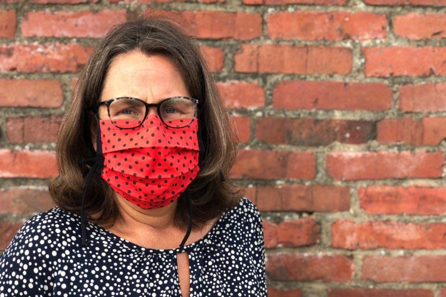 Wiebke Tischler mit Mund-Nase-maske